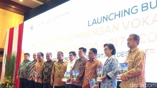Menko Perekonomian Darmin Nasution luncurkan buku tentang Vokasi