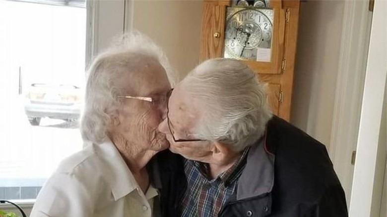 Kisah Haru Pasangan yang Dipaksa Berpisah Setelah 73 Tahun Bersama