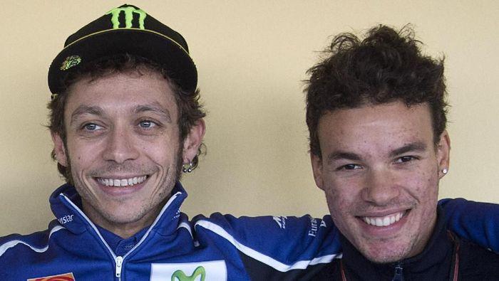Valentino Rossi dan Franco Morbidelli di tahun 2014 (Foto: Mirco Lazzari gp/Getty Images)