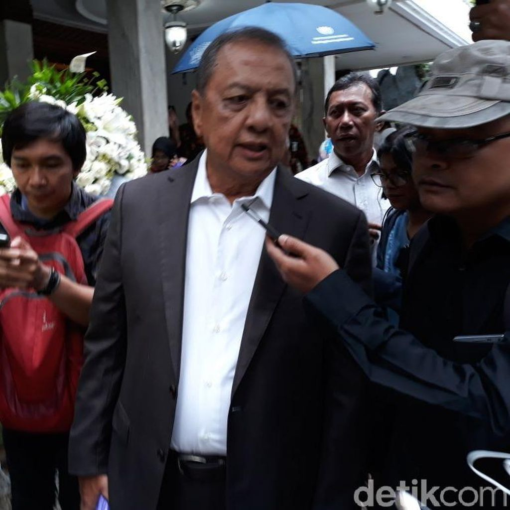 MS Hidayat: SBY Tugaskan AHY Kampanye di Jatim dan Jateng