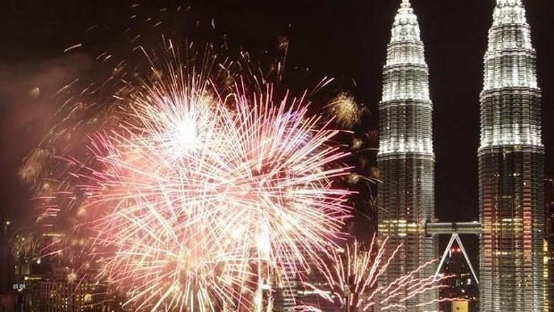 Foto: Ilustrasi pesta kembang api di Kuala Lumpur (Thinkstock)