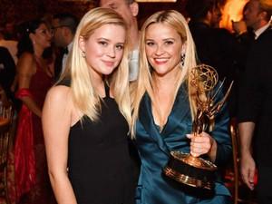 Pengakuan Reese Witherspoon Menangis 16 Kali di Golden Globes, Kenapa?