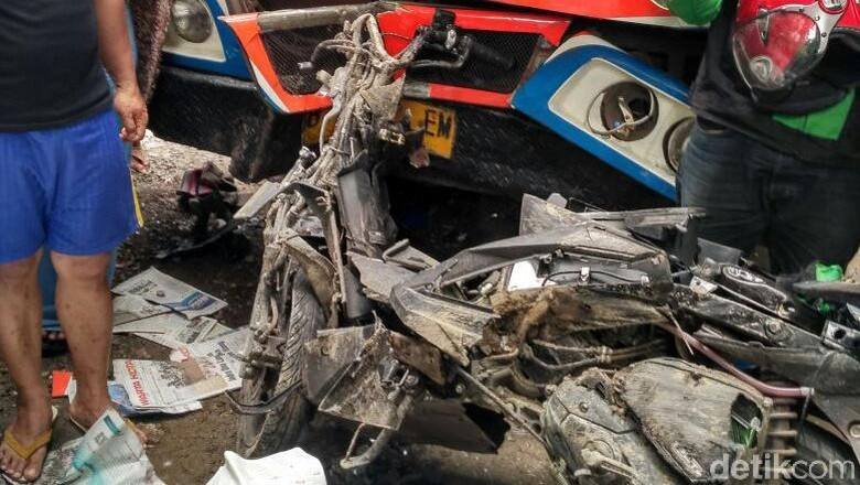 Kronologi Kecelakaan Metromini di Kebayoran yang Tewaskan Ojol