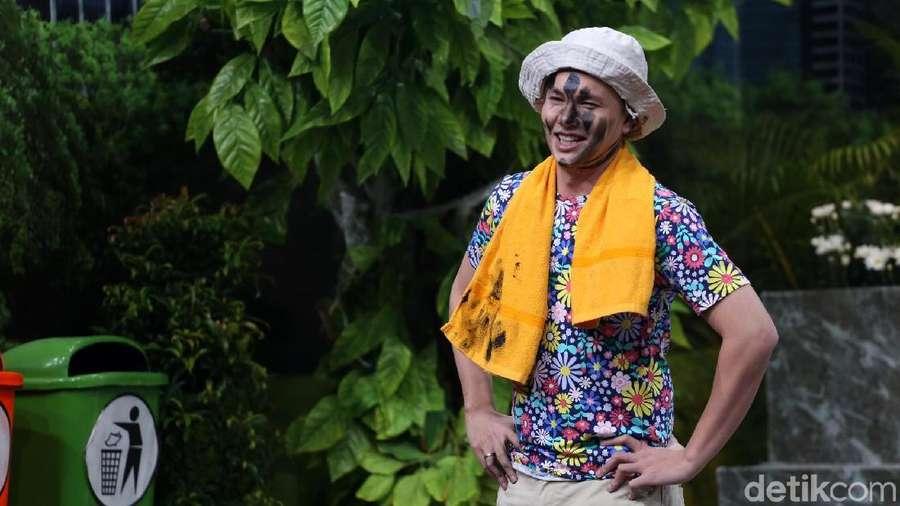 Aksi Konyol Andhika Pratama, Tetap Ganteng?