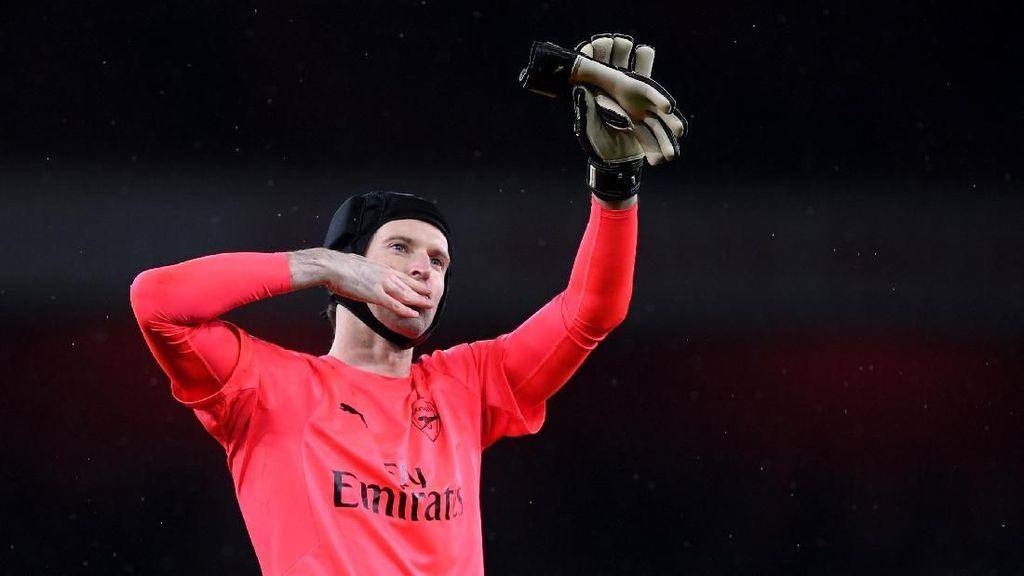 Ada Leno, Cech Masih Pantas Jadi Kiper Nomor Satu Arsenal
