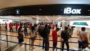 Beli iPhone 8, Fadli Datang Sebelum Mall Buka