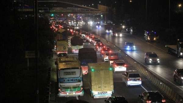 Lancarnya Arus Balik Febri Berkat One Way ke Arah Jakarta