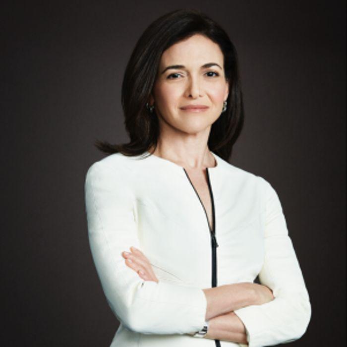 Sheryl Sandberg menjabat sebagai Direktur Operasi Facebook sejak 2008. Kekayannya kini mencapai US$ 1,6 miliar. Istimewa/Forbes.