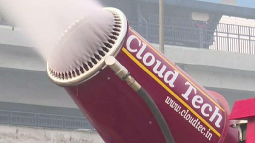 India Uji Coba Meriam Air untuk Lawan Polusi Udara