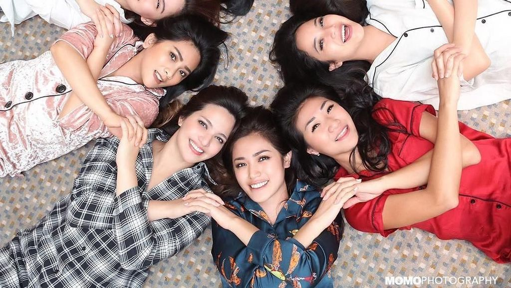 Keren! Olahraga Pilihan Girls Squadnya Nia Ramadhani dan Jedar