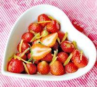 Slurpp! Segarnya 5 Kreasi Minuman Strawberry untuk Meriahkan Pesta