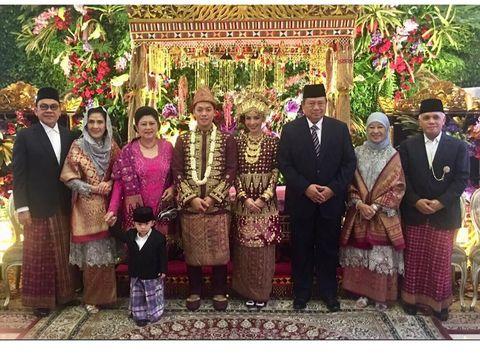 Pernikahan Rasyid Rajasa dan Adara Taista