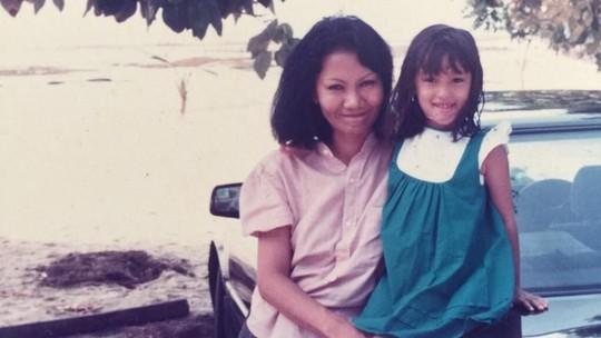 Kenangan Masa Kecil Para Seleb di Hari Ibu
