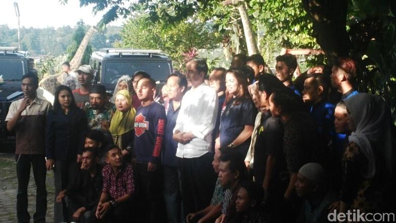 Usai Keliling Taman Safari, Jokowi Ajak Keluarga Makan Bersama