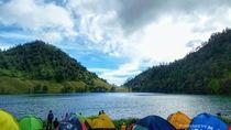 10 Danau Terindah di Indonesia yang Ngangenin