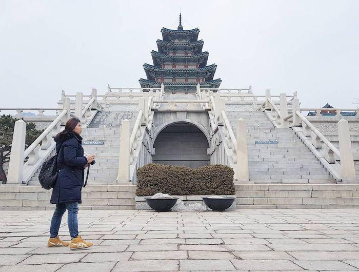 Greysia Polii menghabiskan Natal di Seoul, Korea Selatan. Di Seoul, pebulutangkis ganda putri Indonesia itu merayakannya bersama pemain Korea, Chang Ye Na. Foto: Instagram @greyspolii