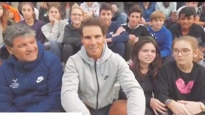 Rafal Nadal memanfaatkan offseason ini untuk mendampingi murid-muridnya di akademi tenis miliknya di Mallorca sekaligus berlatih. (instagram Rafael Nadal)