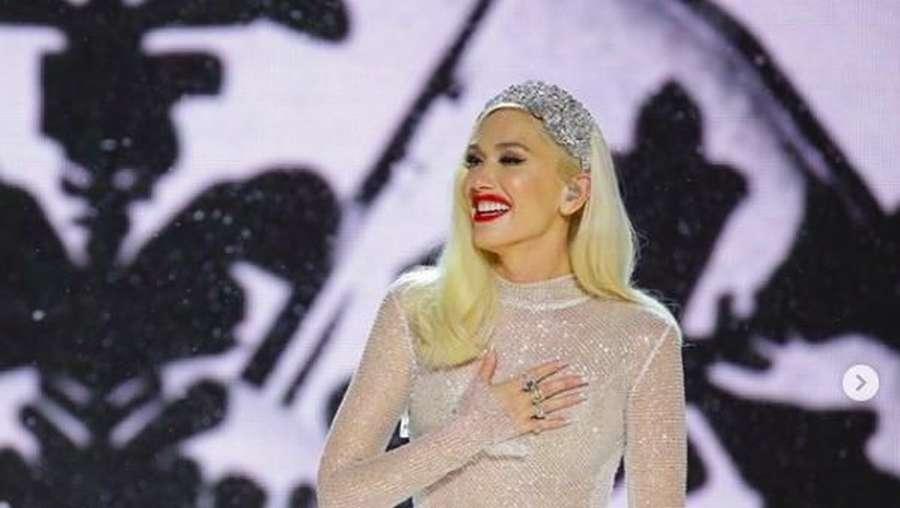 Gemas! Gwen Stefani Dandan seperti Elf dan Peri