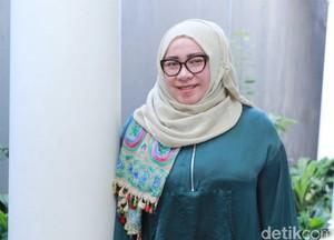 Cerita 23 Tahun Pernikahan Melly Goeslaw dan Anto Hoed