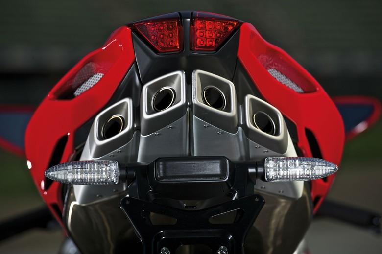 Panas! Ducati Siapkan Mesin 4 Silinder, MV Agusta Permak Mesinnya Foto: Pool (Visordown)