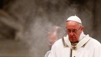 Paus Francis Serukan Letakkan Ponsel dan Buka Bible