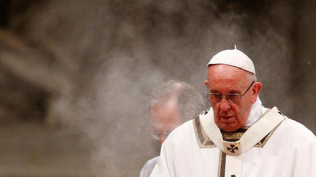 4 Pengawal Paus Fransiskus di Vatikan Positif COVID-19