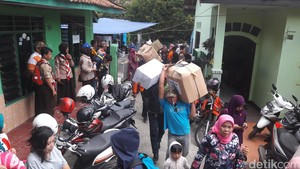 Korban Kebakaran di Bogor Butuh Obat, Pakaian, dan Peralatan Mandi