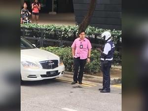 Polisi Hampir Tilang Mobil Kepresidenan Singapura