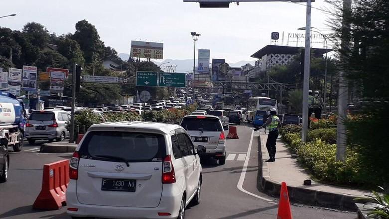 Atasi Macet Puncak, Pemkab Bogor Minta Pusat Bangun Jalur Sentul-Taman Bunga
