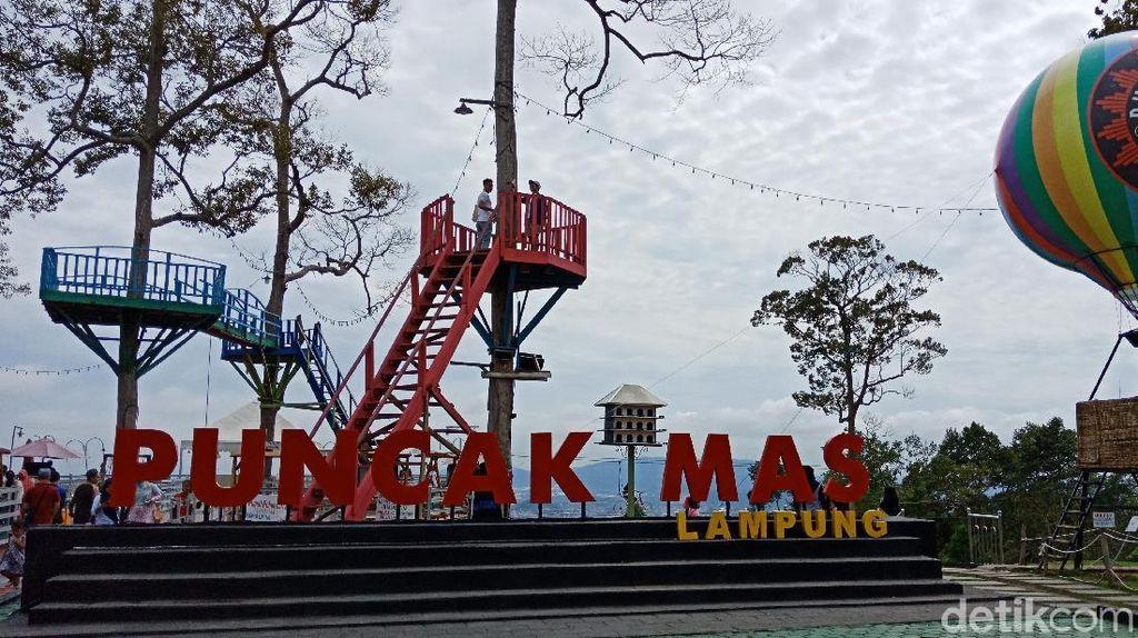 Foto: Puncak Mas, Tempat Instagrammable Baru di Lampung