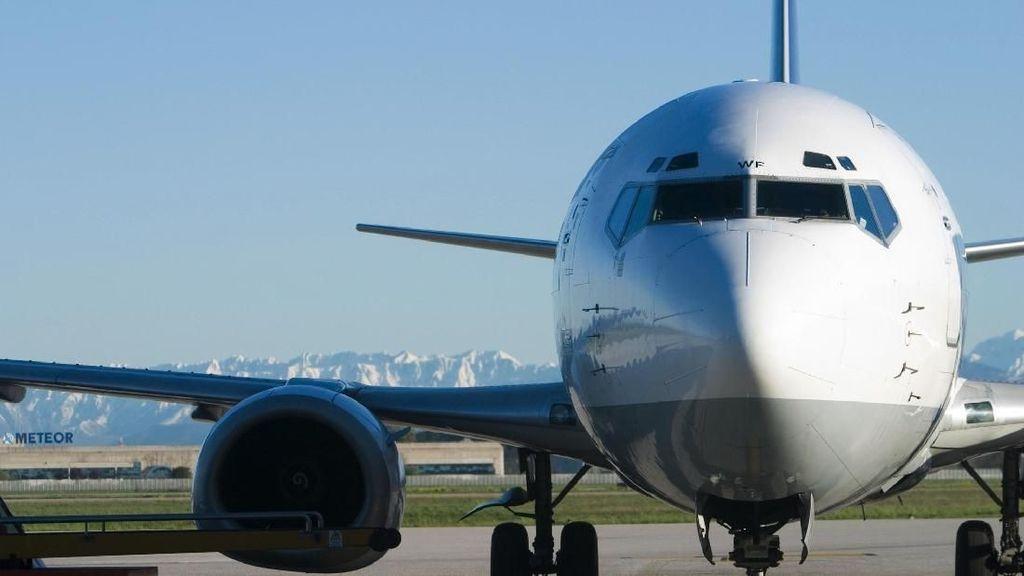 Saat Ejaan Cathay Pacific di Badan Pesawat Salah Tulis