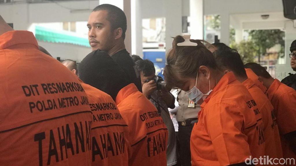 Wanita Ini Bocorkan Modus Pengiriman Ekstasi agar Lolos di Bandara