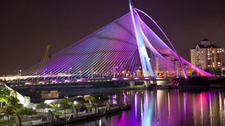 Jembatan di Putrajaya, Malaysia