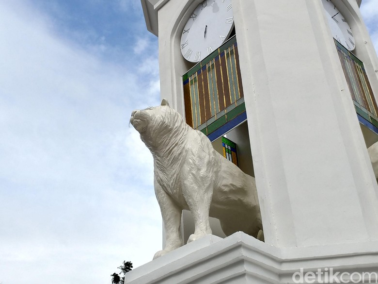 Patung Maung Bandung Mirip Anjing Laut Ada di Tiga Lokasi