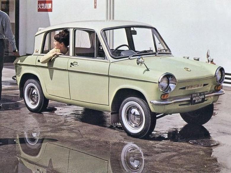 Mazda merilis mobil nyata pertamanya pada 1960 yakni Kei R360. Foto: Istimewa