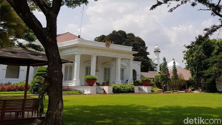 Istana Tepis Rilis Pers Palsu soal Sri Mulyani Antek Asing