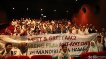 Meet And Greet AAC 2, Fedi Nuril dan Dewi Sandra Diserbu Pengunjung