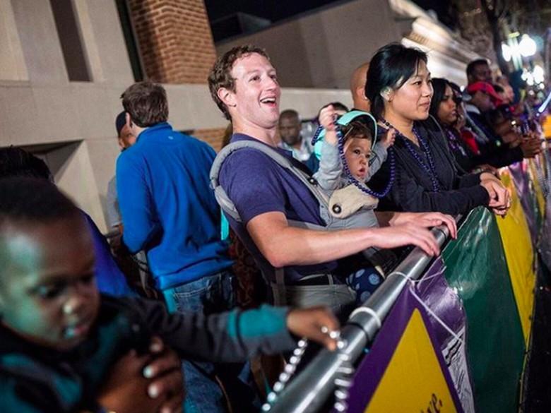 Sebagai CEO Facebook, gaji Zuck adalah formalitas sebesar USD 1 per tahun. Ia kaya raya karena punya hampir 17% saham jejaring sosial terbesar dunia itu. Foto: instagram