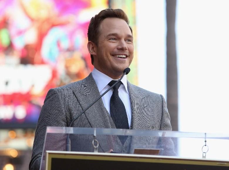 Chris Pratt Dikabarkan Pacaran dengan Putri Arnold Schwarzenegger