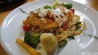 Cafe Brick: Mencicip <i>Fish Parmigiana</i>di Restoran Bergaya Eropa Klasik di Jogja