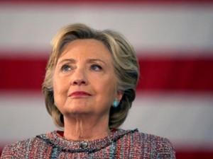 Hillary Clinton Bahas Kebebasan Berbicara di Depan 165 Penulis dari 50 Negara