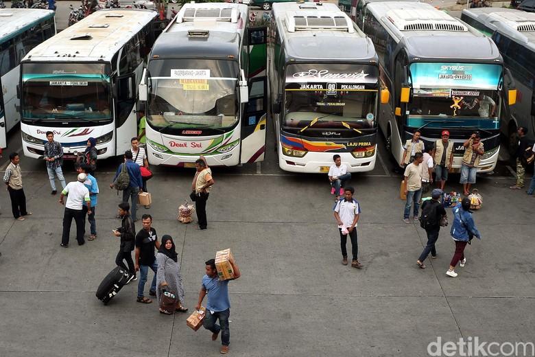 Terminal Bus. Foto: Rengga Sancaya
