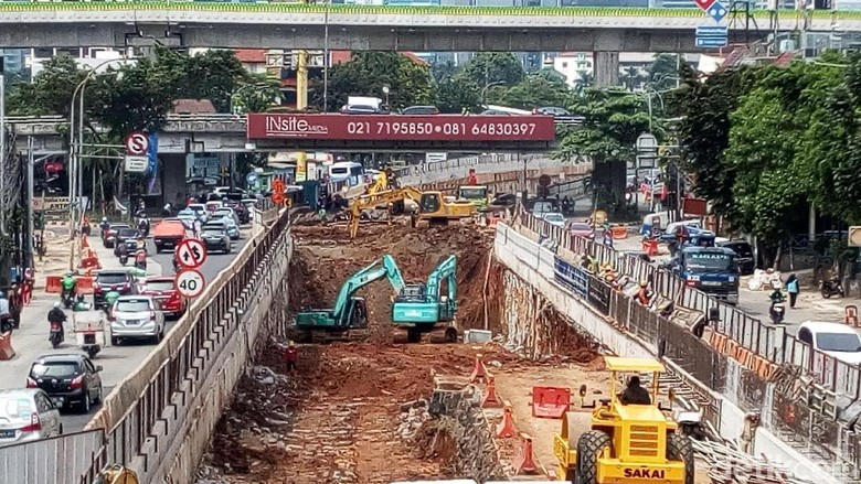 Terowongan Terbentuk, Ini Potret Progres Proyek Underpass Mampang