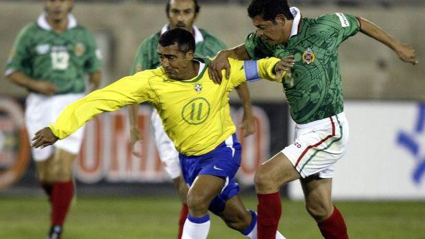 Romario merupakan penyerang andalan Brasil di era 80-an dan 90-an.