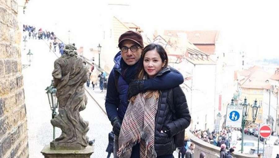 Kemesraan Bunga Zainal & Sukhdev Singh di Eropa