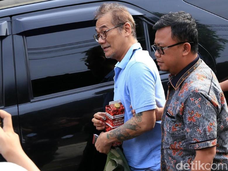 Sidang Tuntutan Batal Terus, Tio Pakusadewo Ogah Marah