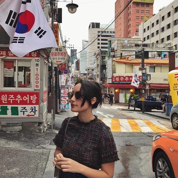 Ia juga pernah pergi ke Negeri Gingseng, Korea Selatan lho (Instagram/tatjanasaphira)