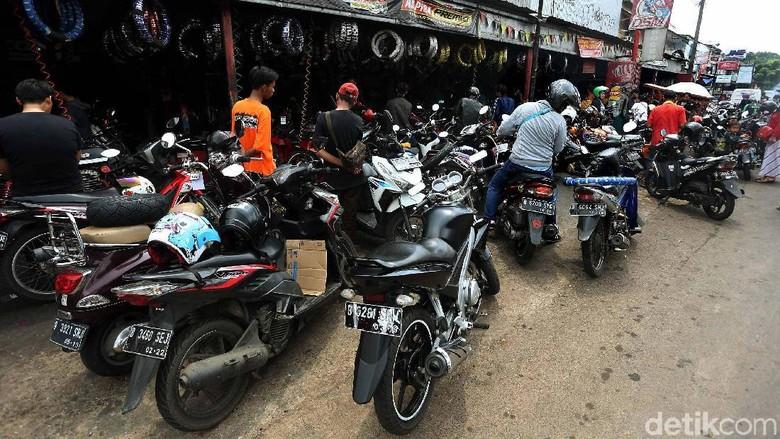 Bengkel motor Foto: Rengga Sancaya