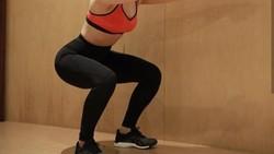 Deretan pelatih kebugaran ini tidak hanya cantik, namun juga memiliki tubuh yang seksi dan layak jadi body goals.