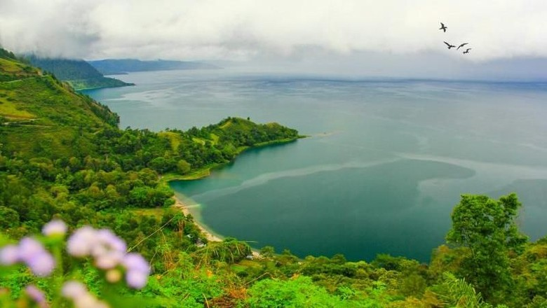 Danau Toba yang indah (Ivonesuryani/dtraveler)
